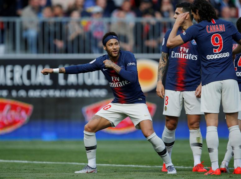 Possível ida de Neymar ao Real Madrid deve significar empréstimo de Rodrygo, diz jornal