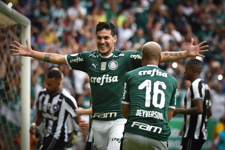VAR 'ajuda', e líder Palmeiras vence o Botafogo em Brasília