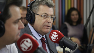 Deputado do PT detona viagem de Bolsonaro