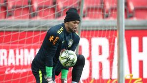 Convocado, Weverton desfalcará Palmeiras contra Santos e Botafogo