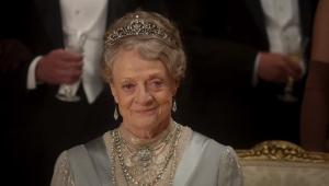 'Downton Abbey': Rei e rainha da Inglaterra visitam mansão em trailer do filme; confira