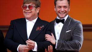Elton John elogia ator de sua cinebiografia: 'Extraordinário'