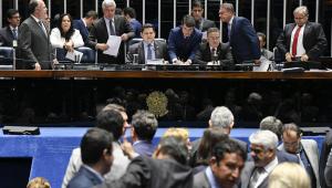 Sem acordo, senadores alteram texto do projeto que beneficiaria partidos