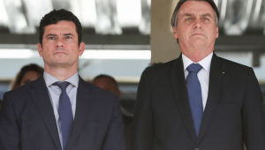 Confio em Moro, mas confiança 100% é só em pai e mãe, afirma Bolsonaro