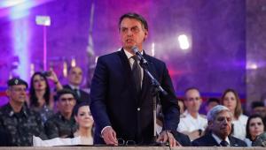 Bolsonaro substitui o decreto das armas por outros três
