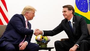 Trump diz que conversou com Bolsonaro e ofereceu ajuda para combater incêndios na Amazônia