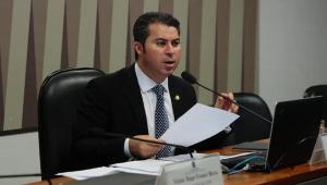 O senador Marcos Rogério é a favor da anulação do julgamento