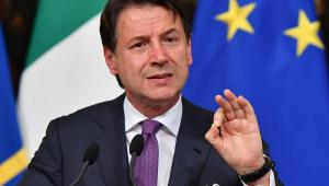 Renúncia de premiê deixa Itália em limbo político