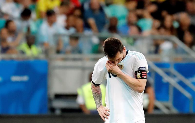Messi foi o mais participativo da Argentina em derrota para a Colômbia; veja números