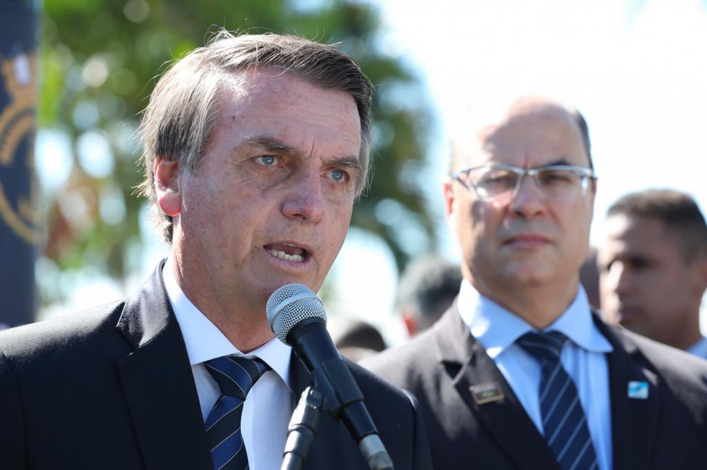 Bolsonaro nega fala sobre o Nordeste e ataca general que o criticou: 'melancia'