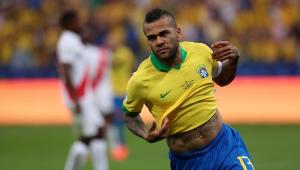 Dani Alves, Weverton, Fagner... Seleção desfalca times no Brasileirão