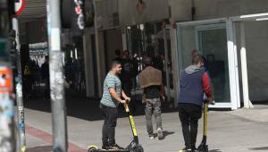 Witzel vai vetar projetos sobre uso de patinetes no Rio