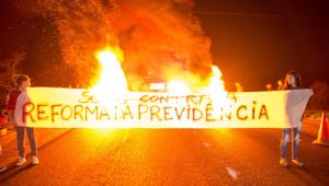 Alexandre Borges: Greve prova que há setores contra o desenvolvimento do país