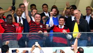 Vera: Bolsonaro e Moro em estádio mostra apoio do governo ao ministro