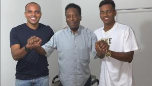 """Rodrygo recebe a """"bênção"""" de Pelé antes de se apresentar ao Real Madrid"""