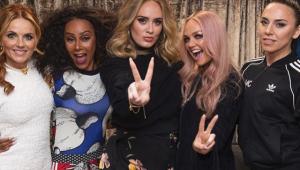Adele tem dia de fã em show das Spice Girls; confira