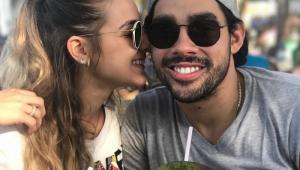 Namorada de Gabriel Diniz tatua borboleta em homenagem ao cantor