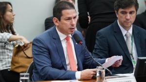 'Mais importante não é agradar Guedes', diz presidente da comissão da Previdência