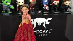 'Vingadores': Atriz de 7 anos que viveu filha de Tony Stark faz apelo contra bullying de fãs