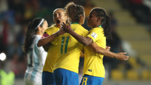 Pia chama Marta, Fomiga e quatro jogadoras do Corinthians para amistosos da seleção