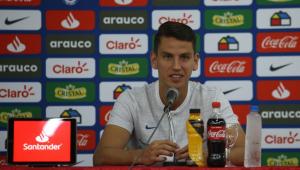 Mercado da bola: Zagueiro chileno especulado no Flamengo nega contato