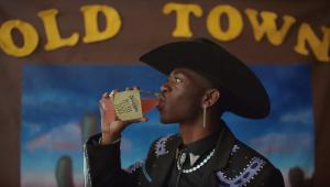 'Old Town Road' chega à 15ª semana no topo da Billboard e fica perto de recorde