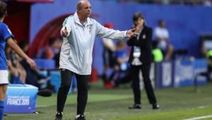 CBF confirma saída de Vadão da Seleção Brasileira Feminina