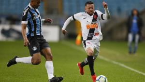 Vasco quer impugnar derrota para o Grêmio por suposto erro do VAR