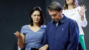Bolsonaro: governantes que sentem solidão têm 'descompromisso com lealdade'  e se 'afastaram de Deus'