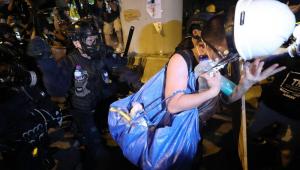 Autoridades criticam protestos violentos em Hong Kong