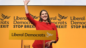 Com promessa de impedir que Reino Unido saia da UE, nova líder do Liberais Democratas é escolhida