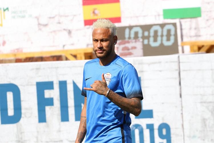 Vai sair mesmo? PSG não relaciona Neymar para amistoso na Alemanha