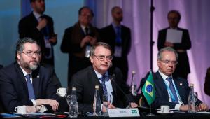 Bolsonaro diz que anúncio da liberação do saque do FGTS ativo está previsto para esta semana