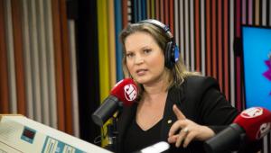 'É capaz do Bolsonaro saber mais de economia do que o Paulo Guedes', diz Joice Hasselmann
