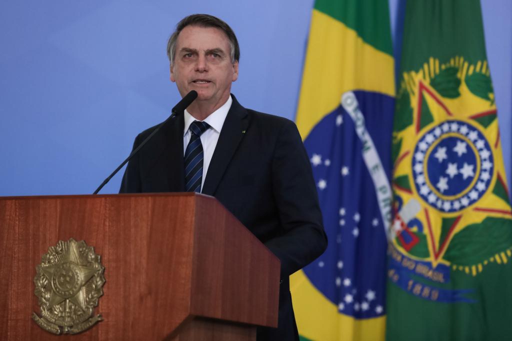 Tema 'corrupção' perde espaço no Twitter de Bolsonaro