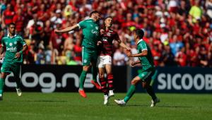 Rafinha comemora estreia no Flamengo: 'Me sinto privilegiado'