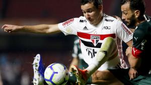 São Paulo cede empate ao Palmeiras e completa oito jogos sem vencer