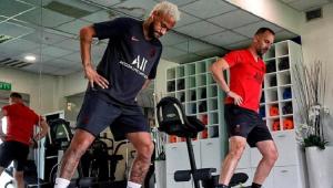 Técnico do PSG diz que Neymar vai jogar próximo amistoso: 'Ele é nosso jogador'