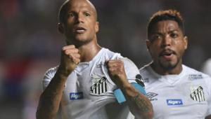 Santos vence o Bahia e diminui a diferença para líder Palmeiras