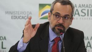 Ministro da Educação defende indicação de Eduardo Bolsonaro para embaixada nos EUA