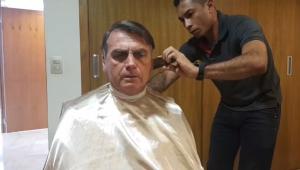 bolsonaro-aparece-cortando-o-cabelo-em-live.jpg