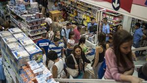 Confiança empresarial sobe e tem primeira alta desde janeiro