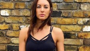 Youtuber britânica morre em acidente com patinete elétrico
