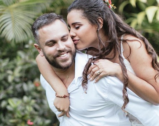 Ex-noivo que desistiu de casamento desabafa sobre suicídio de blogueira: 'Estou acabado'