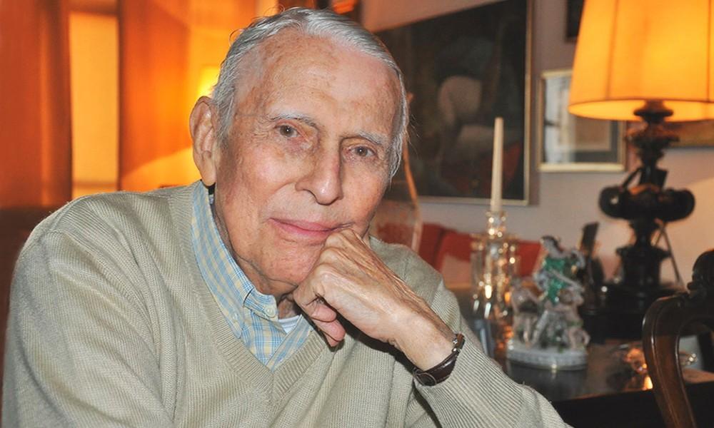 Morre aos 92 anos o poeta paulistano Paulo Bomfim