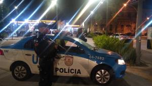 Policial é morto a tiros em abordagem a veículo em Itaguaí, no Rio