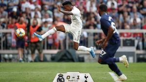 Sem Marcelo, Real Madrid relaciona Rodrygo para jogo contra o PSG
