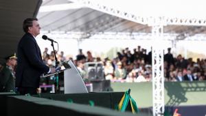Bolsonaro deve falar em rede nacional sobre queimadas na Amazônia