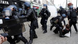Protestos na cidade francesa que sedia cúpula do G7 deixam saldo de 68 prisões