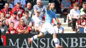 Agüero chega a 400 gols na carreira, e Manchester City vence o Bournemouth